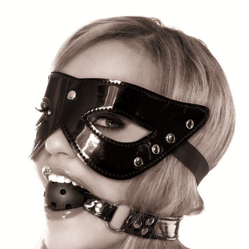 Máscara e Esfera Nasquerade